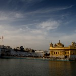 The Golden Temple of Amritsar, covered by 750kg of pure gold.